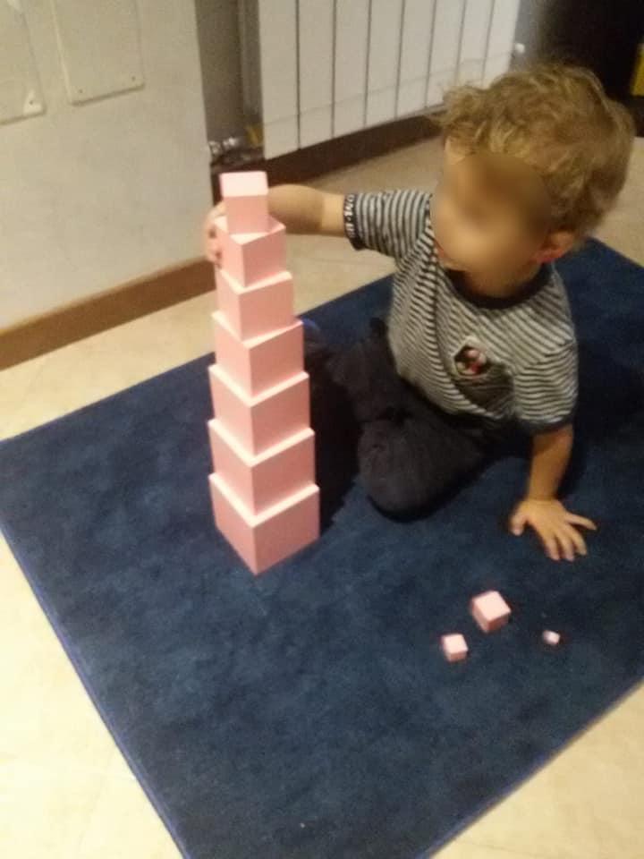 Scarabocchiando a casa di Gaia - la torre rosa